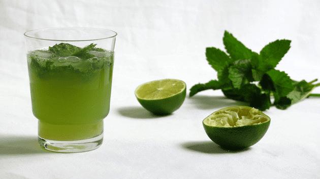 Et si on mettait de la chartreuse verte dans nos glaces et for Cocktail chartreuse