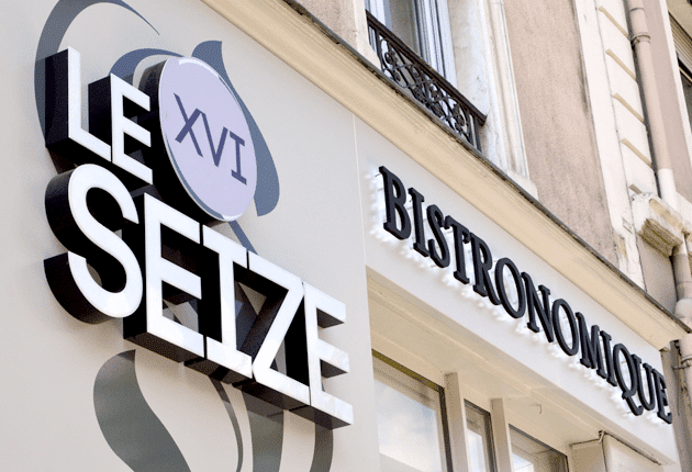 Restaurant le seize grenoble for Moquette grenoble