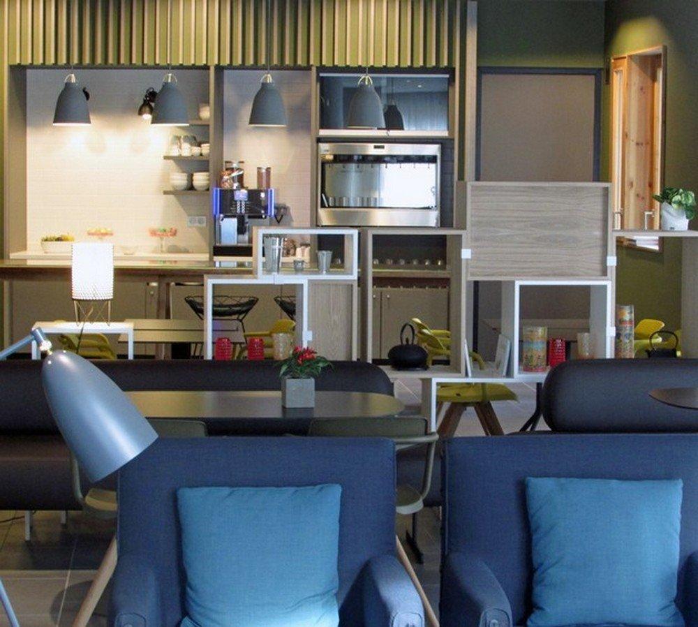 Caserne de bonne hôtel quatre étoiles innovant