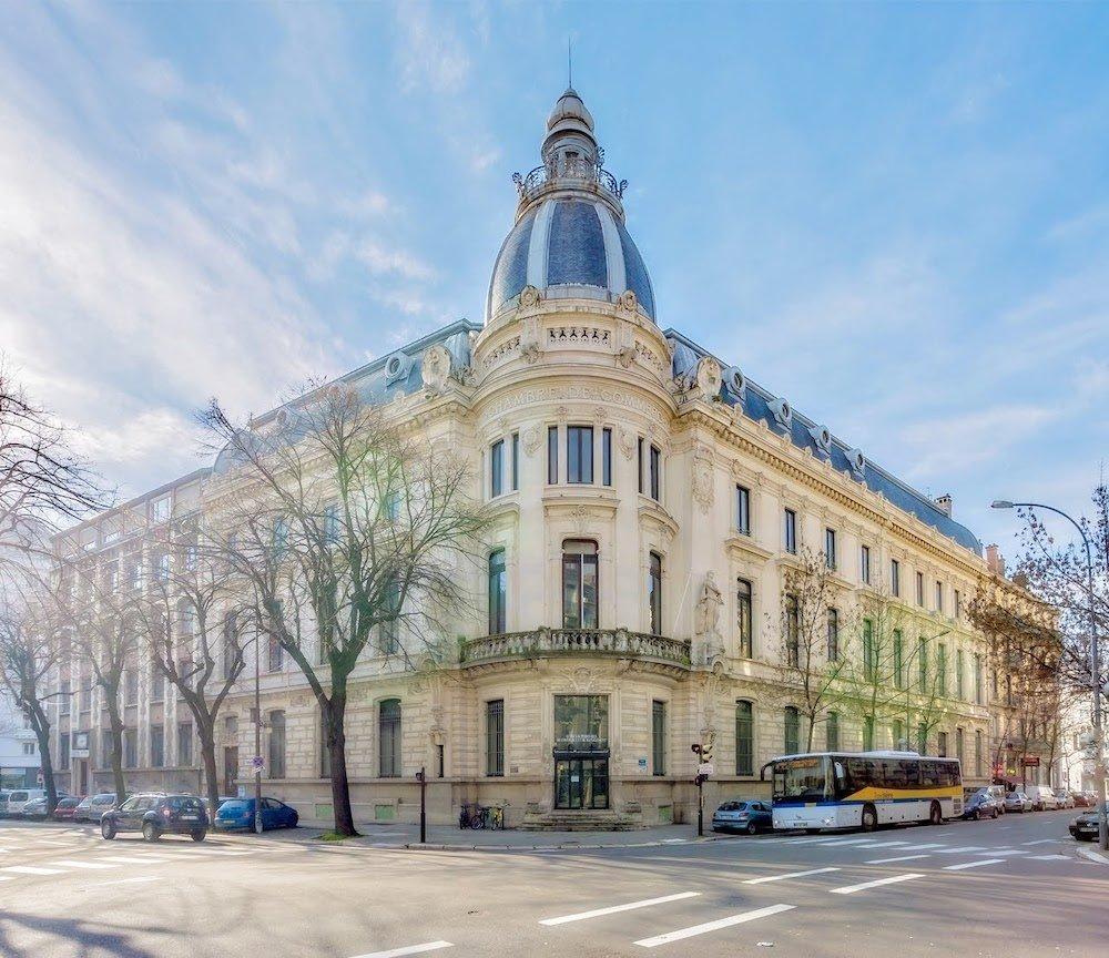 Ancienne Chambre de Commerce, angle boulevard Gambetta et avenue Felix Viallet, L. Dufour et E. Rabilloud, Architectes, 1900