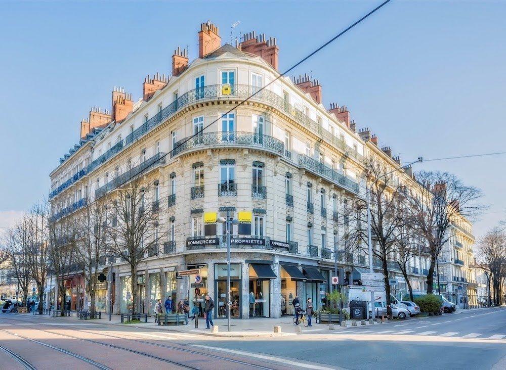 Angle avenue Alsace Lorraine et boulevard Gambetta