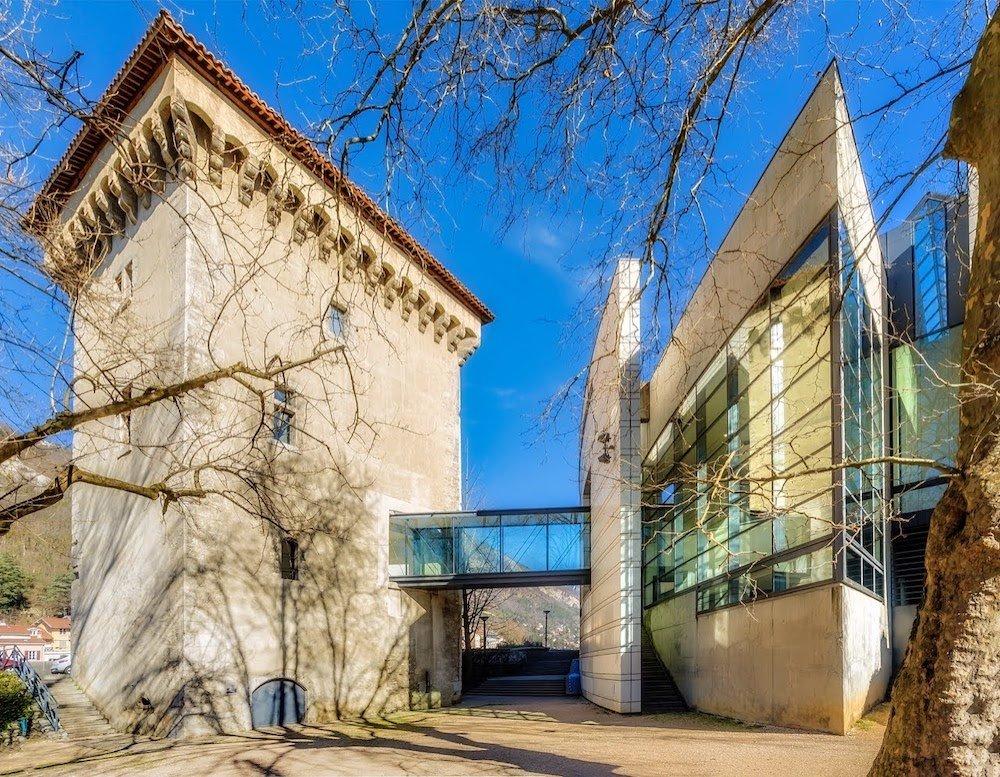 Musée de Grenoble, la tour de l'Isle, angle place de Lavalette et Quai Jongkind, O. Felix-Faure (Groupe 6), A. Felix Faure et P. Macary, Architectes, 1985 -1994