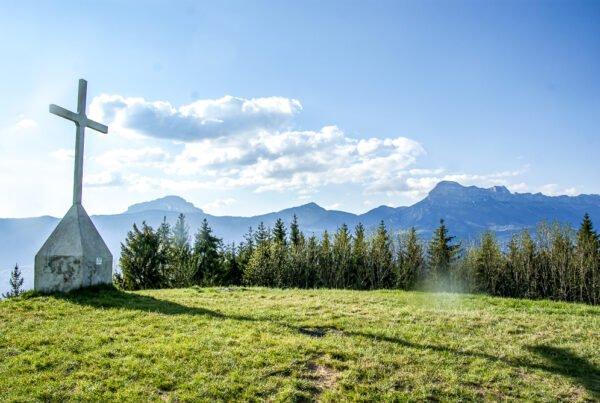 La croix de Revollat, panorama sur Grenoble