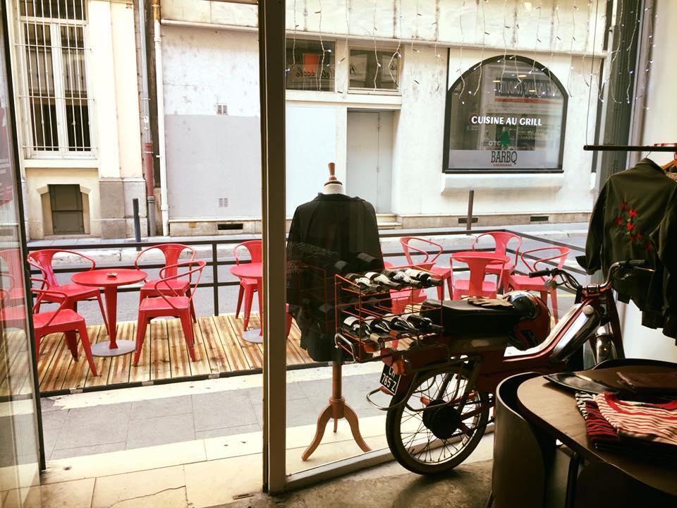 boire un verre en terrasse à Grenoble
